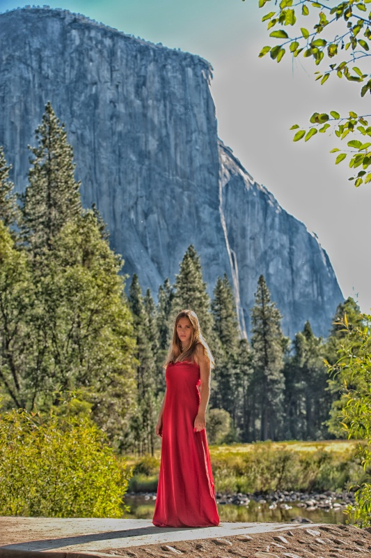 El Capitan and the Red Dress