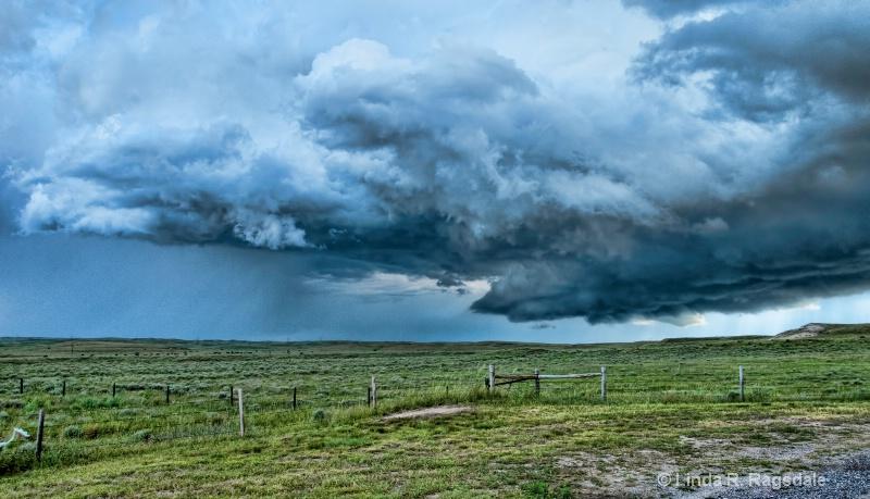 Coming storm in NE - ID: 13702774 © Linda R. Ragsdale