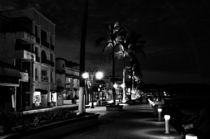 Early Morning On The Malecon