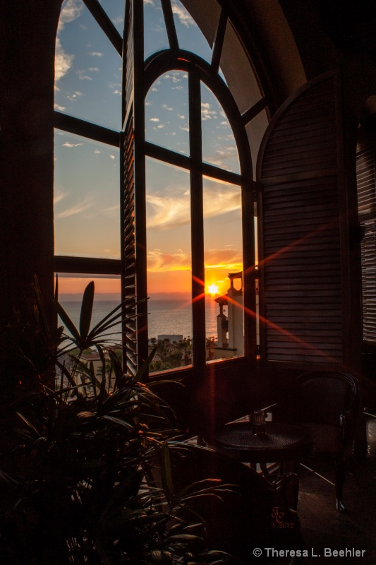 Quiet Mexican Sunset - ID: 13837640 © Theresa Beehler