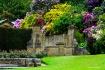 Hever Castle gard...