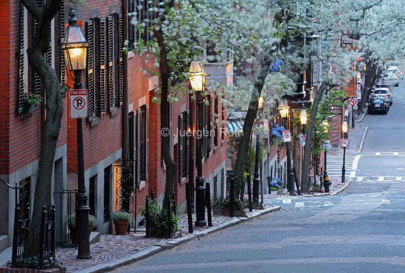 Old Colonial Brick Row Houses of Beacon Hill  - ID: 13920735 © Juergen Roth