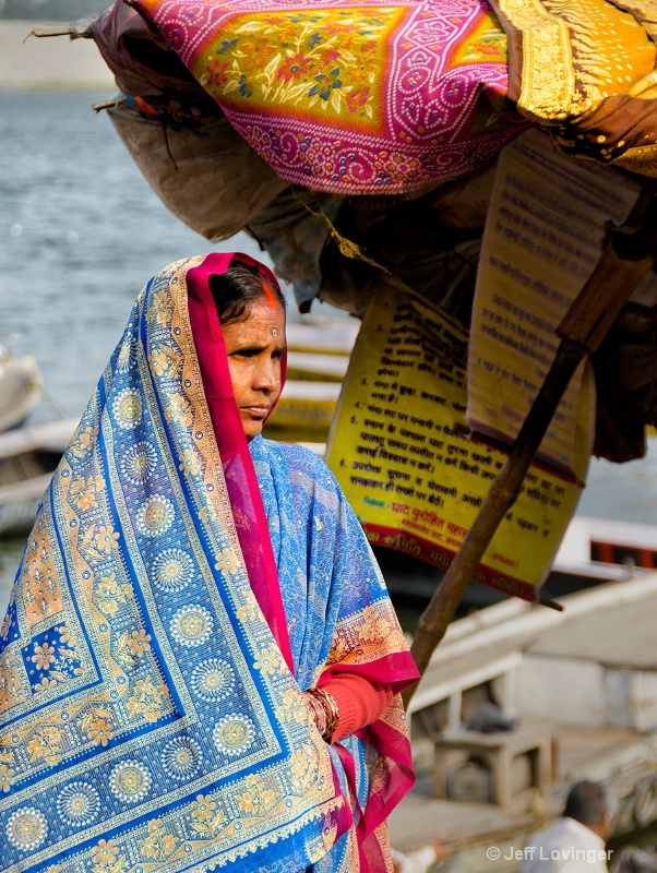 Woman by the Ghats, Varanassi, India    - ID: 14271260 © Jeff Lovinger