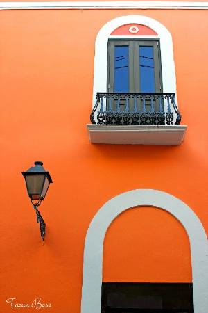 Lamp post, terrace & curved door.