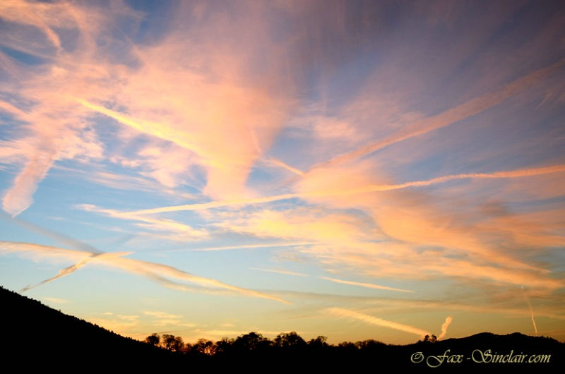 Sunrise with Lines  - ID: 14349264 © Fax Sinclair