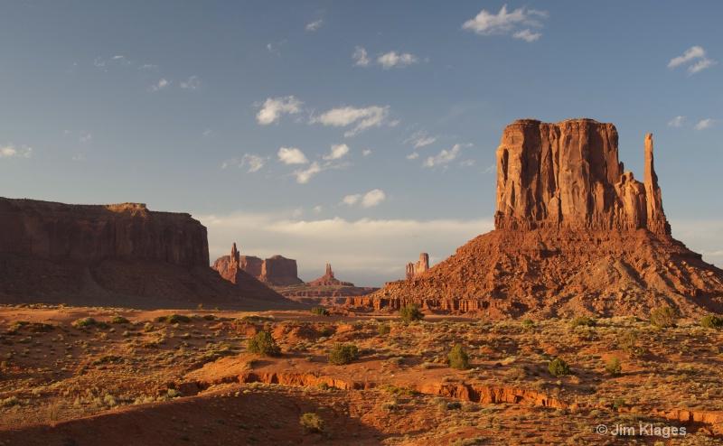 View of Left Mitten Rock - ID: 14352533 © Jim Klages