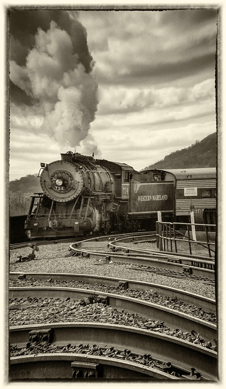 Mountain Thunder - Cumberland, MD - ID: 14381230 © Martin L. Heavner