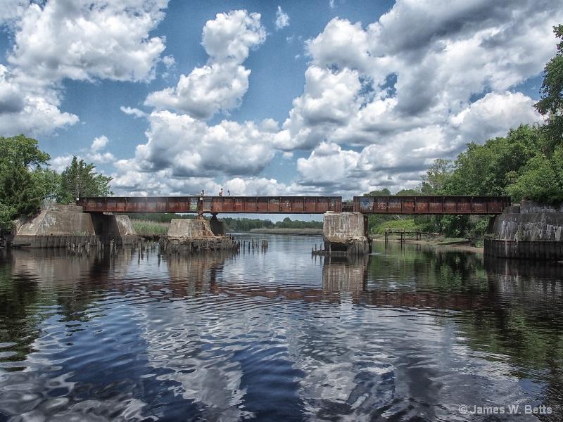 Tuckahoe RR Bridge