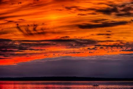 Dramatic sunset on the Ottawa river