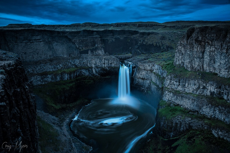 Nightfalls - ID: 14559602 © Craig W. Myers