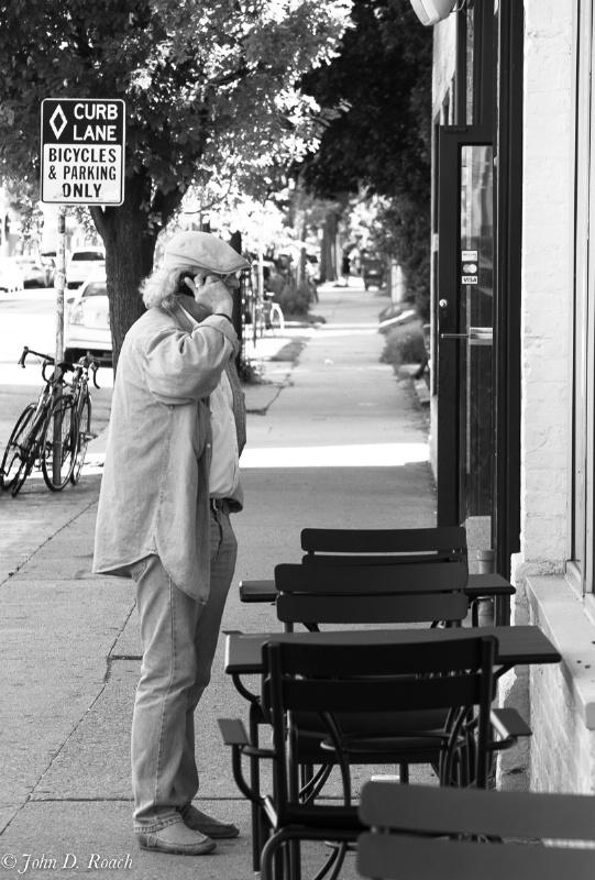 The conversation - ID: 14579833 © John D. Roach