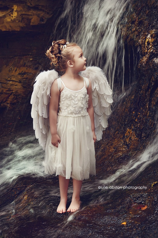 Little Angel Mary