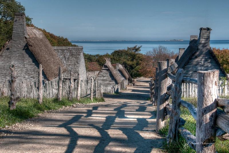 The Village - ID: 14629286 © Teresa Burnett
