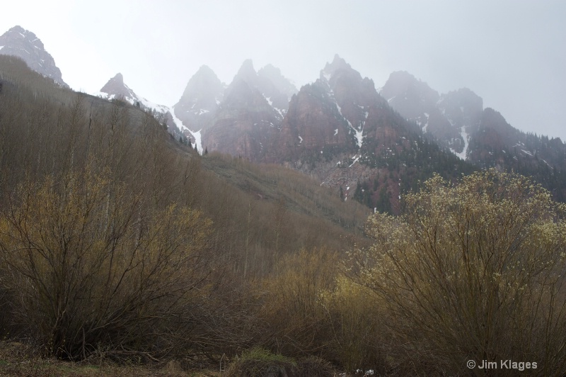 Misty Mountains - ID: 14692612 © Jim Klages