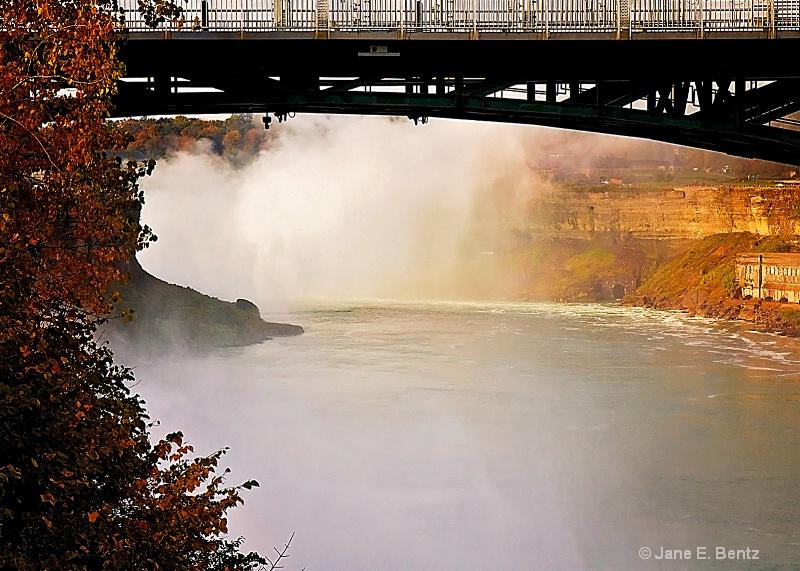 Mist at the Falls - ID: 14737860 © Jane E. Bentz