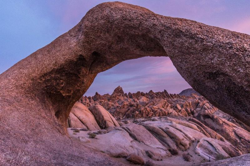 Moebius Arch, Sunrise - ID: 14757706 © Craig W. Myers