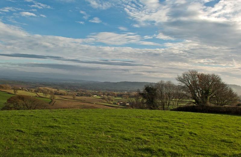 Across Marshwood Vale - ID: 14762904 © Allan King