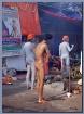Naga sadhu applyi...