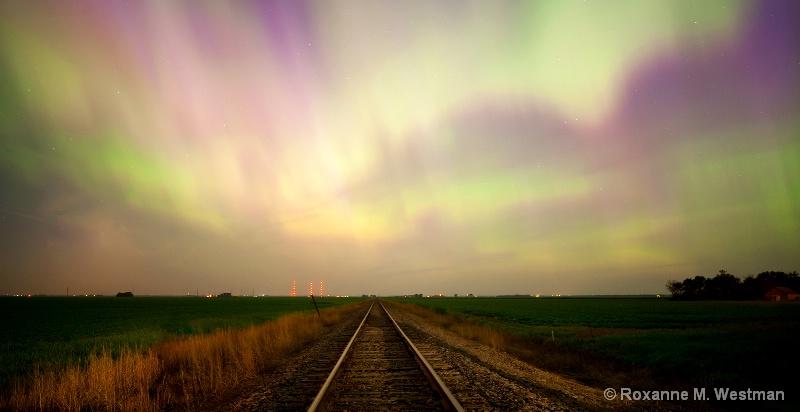 Trackin into the light - ID: 14927164 © Roxanne M. Westman