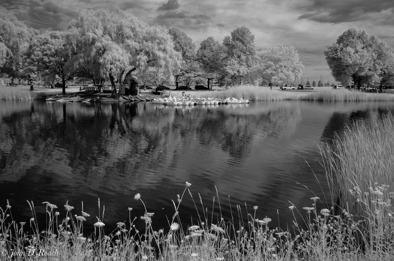 The lagoon at Milwaukee's lakefront 590nm IR - ID: 14946449 © John D. Roach
