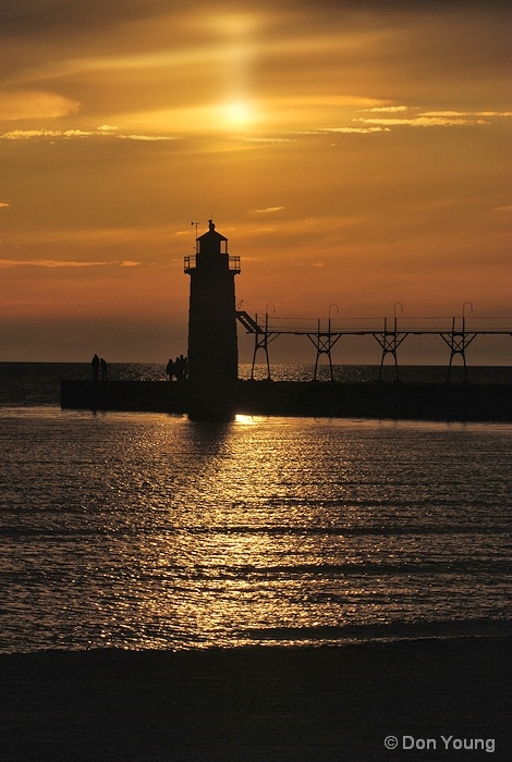 South Haven Lighthouse - ID: 14953855 © Don Young