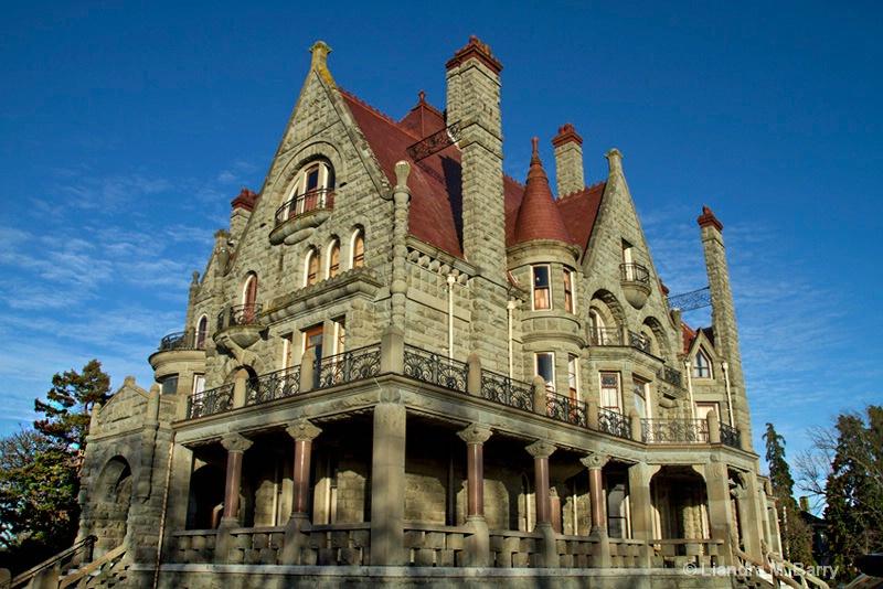 Craigdarroch Castle Historic House - ID: 15098396 © Liandra Barry