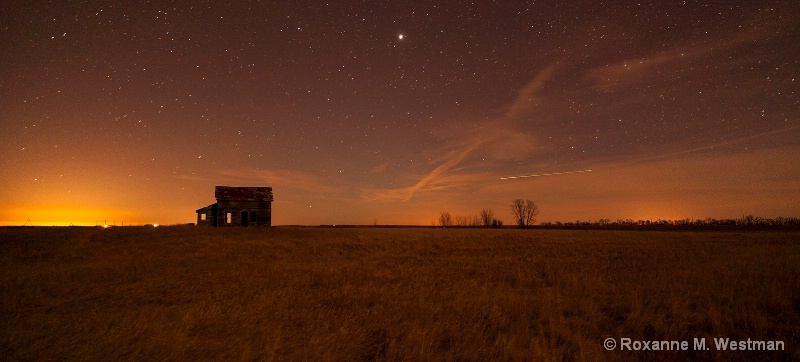 After hours on the prarie - ID: 15101665 © Roxanne M. Westman