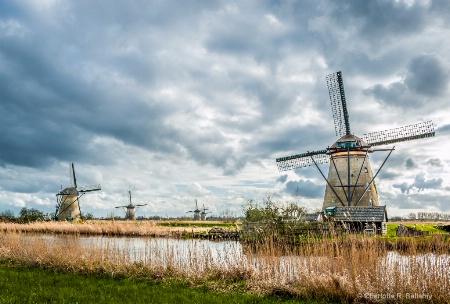 Kinderdijk windmills - Netherlands