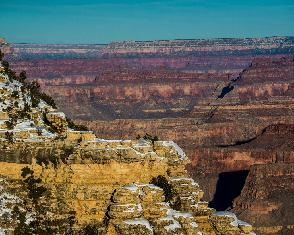 Grand Canyon in the Snow - ID: 15176047 © Carol Gregoire