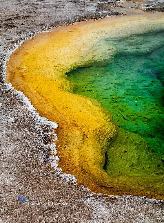 Abstract, Yellowstone Upper Geyser Basin - ID: 15178049 © Martin L. Heavner