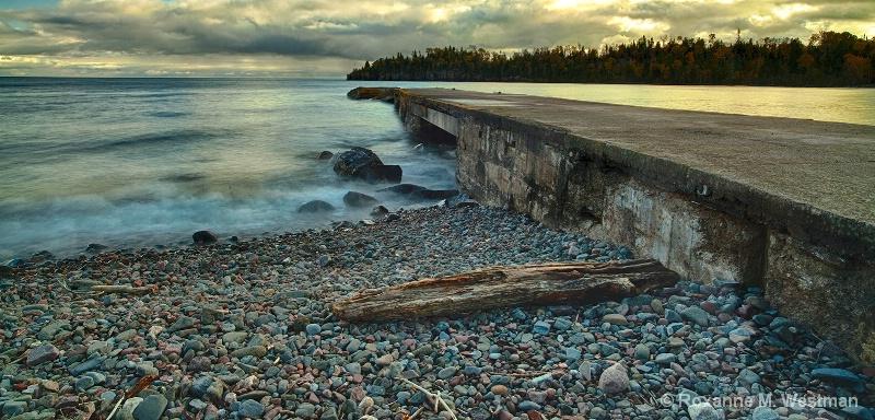 Broken dock at Hovland - ID: 15225146 © Roxanne M. Westman