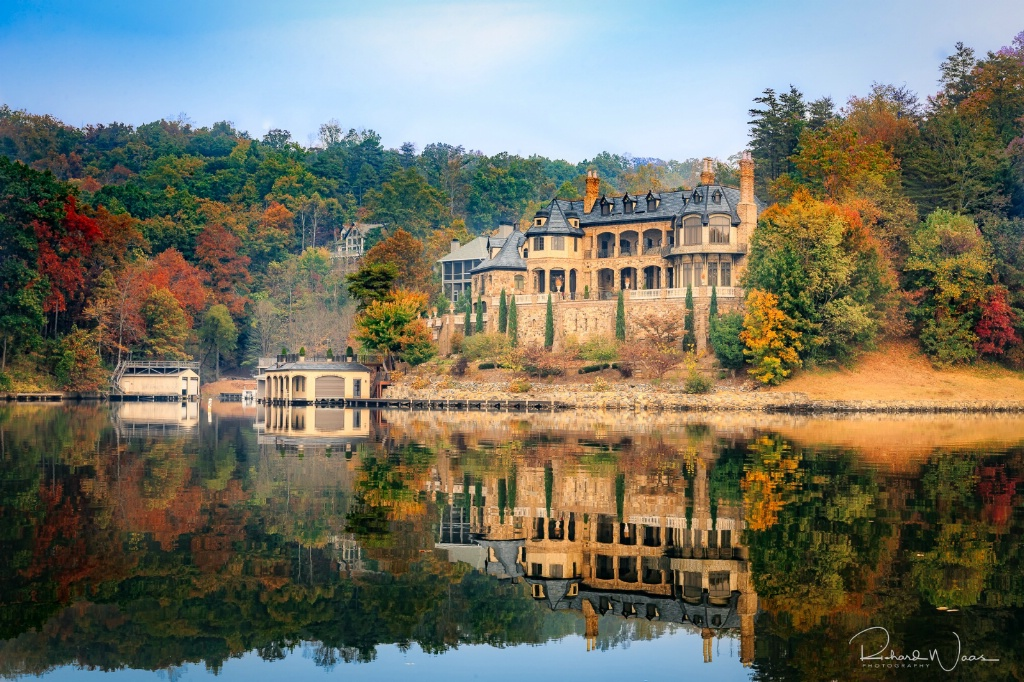 Mansion on Lake Lure - ID: 15270796 © Richard M. Waas