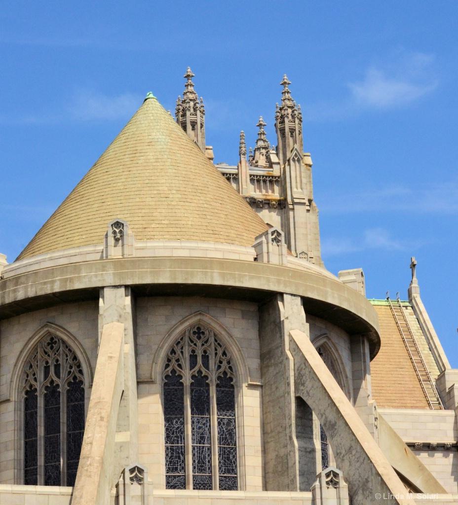 St. Nicholas's Turret - ID: 15282009 © Linda M. Solari