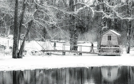 Boathouse at The Old Manse, Winter