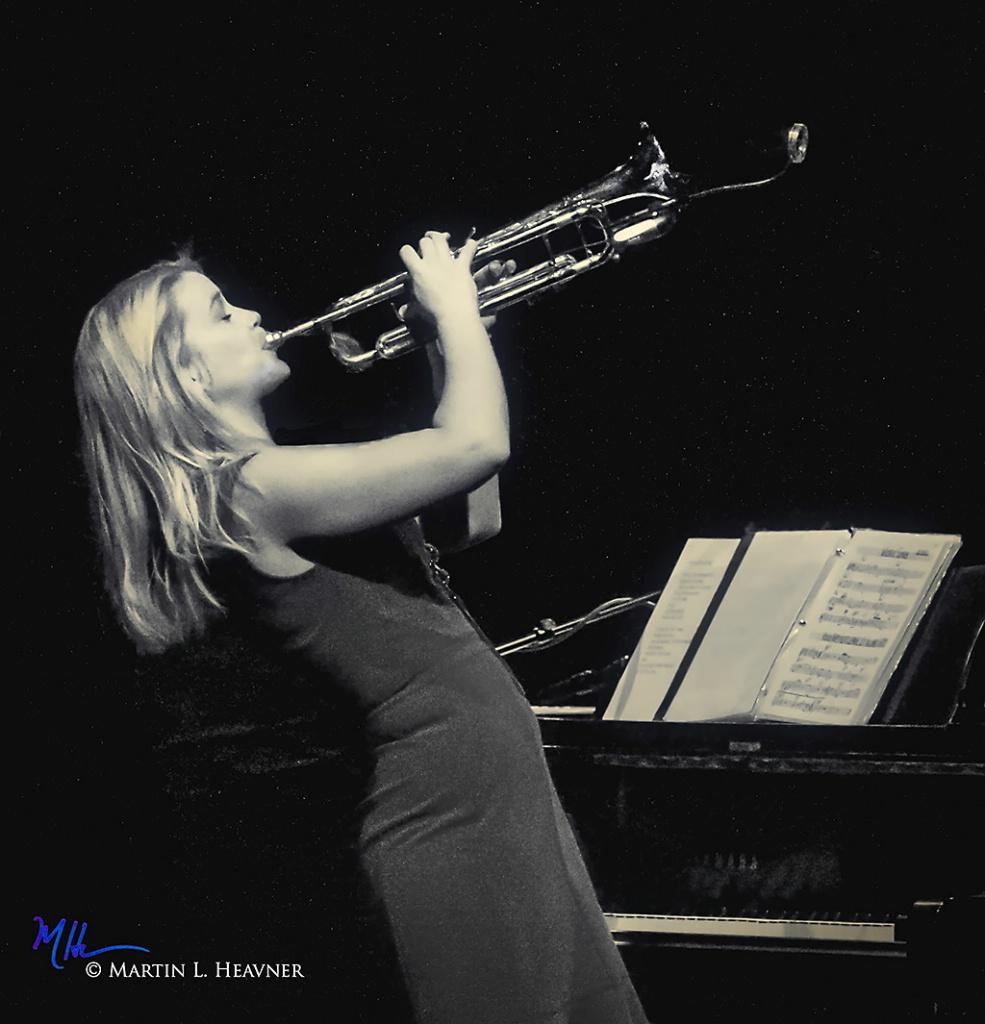 Jazz Singer/Trumpeter Bria Skonberg in Profile  - ID: 15330096 © Martin L. Heavner