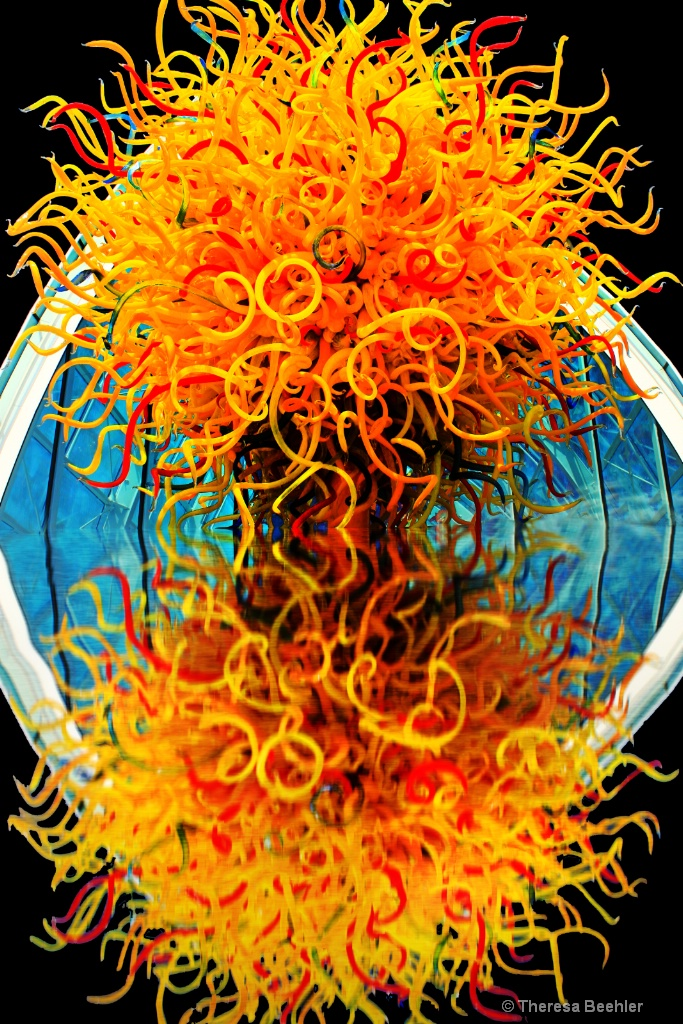 Reflection of Genius - Einstein and Chihuly - ID: 15344505 © Theresa Beehler