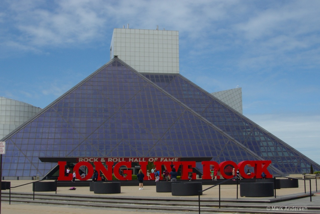 Rock and Roll Hall of Fame, CLE