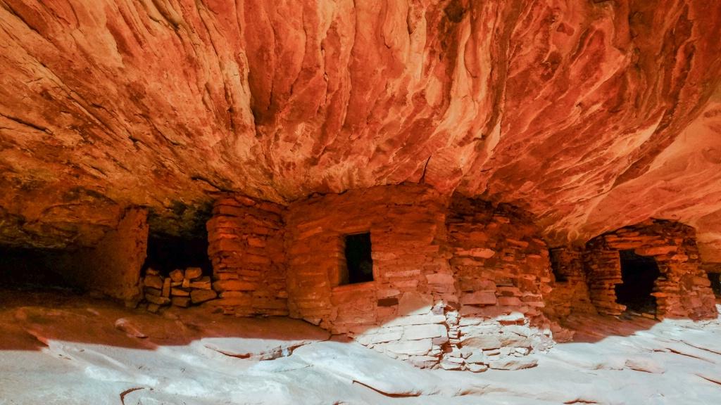 House of Fire Ruin, Mule Canyon  - ID: 15384697 © Nancy Auestad