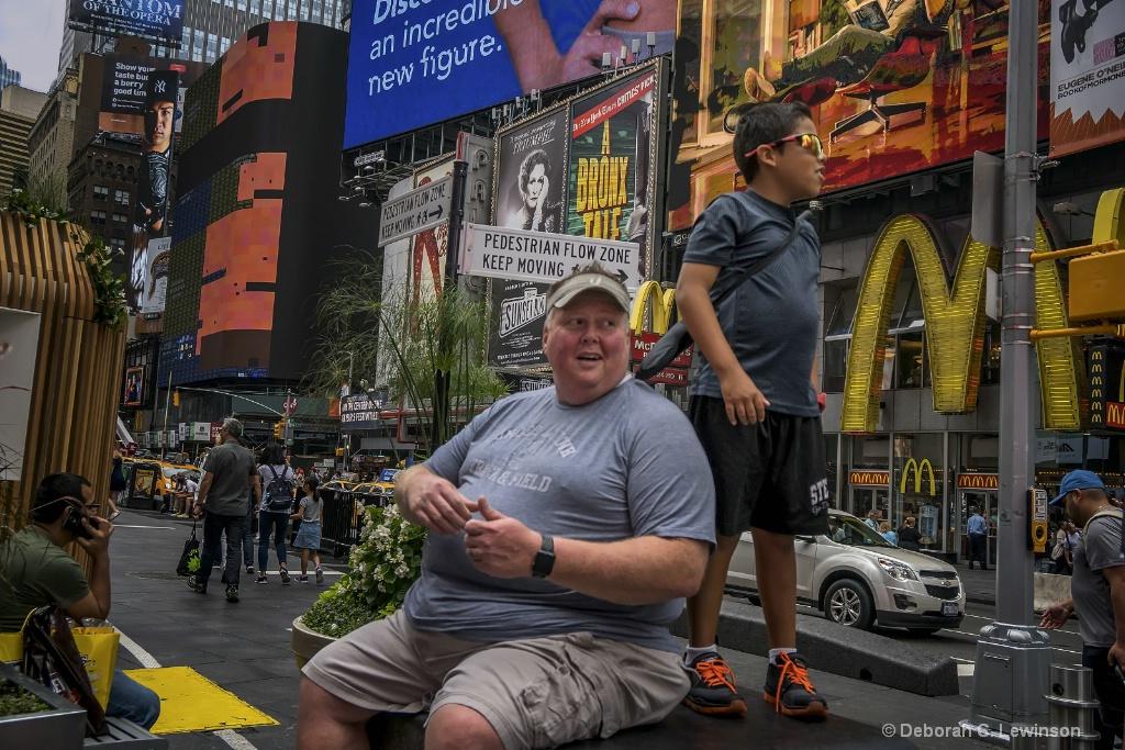Times Square - ID: 15447773 © Deborah C. Lewinson