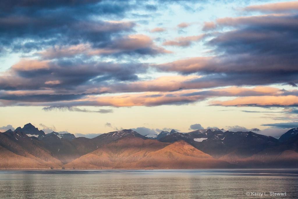 Morning View - ID: 15461354 © Kerry L. Stewart
