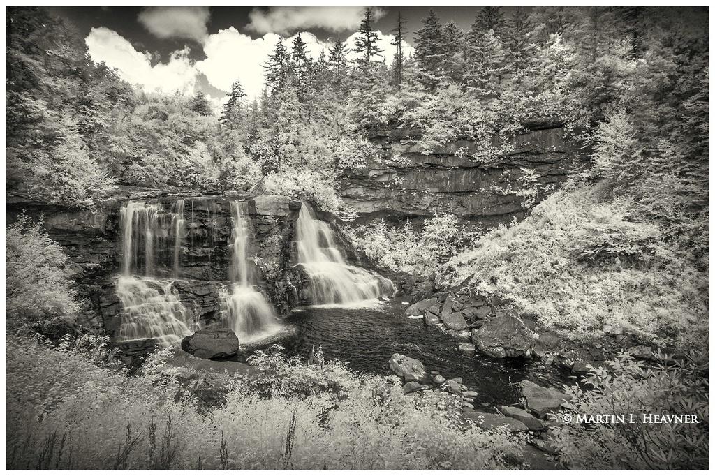 Blackwater Falls Canyon - West Virginia - ID: 15513627 © Martin L. Heavner