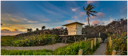Stuart Beach Lifeguard Stand