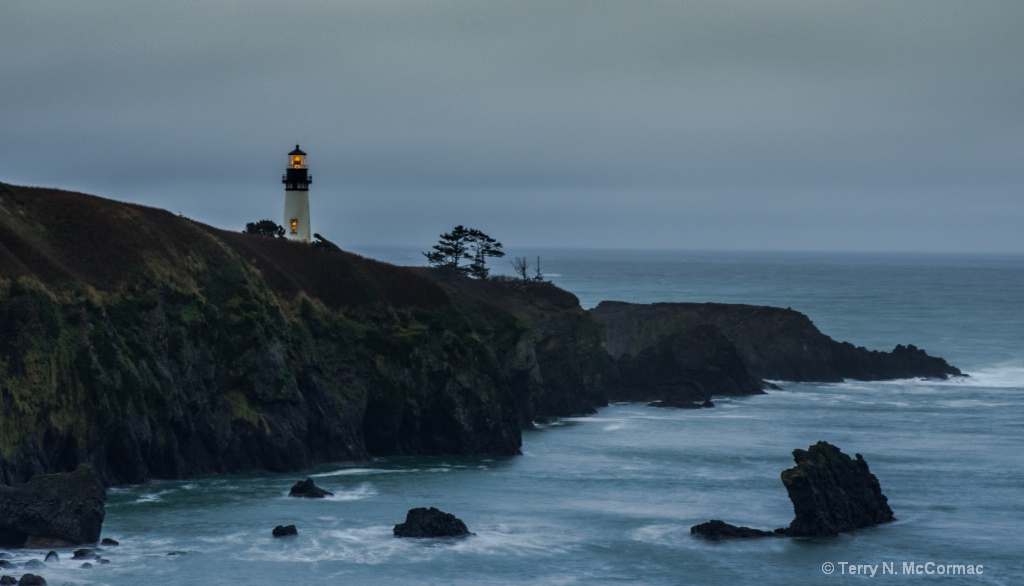 Yaquina Head Lighthouse - ID: 15547424 © TERRY N. MCCORMAC
