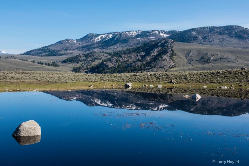 Yellowstone National Park - ID: 15574137 © Larry Heyert