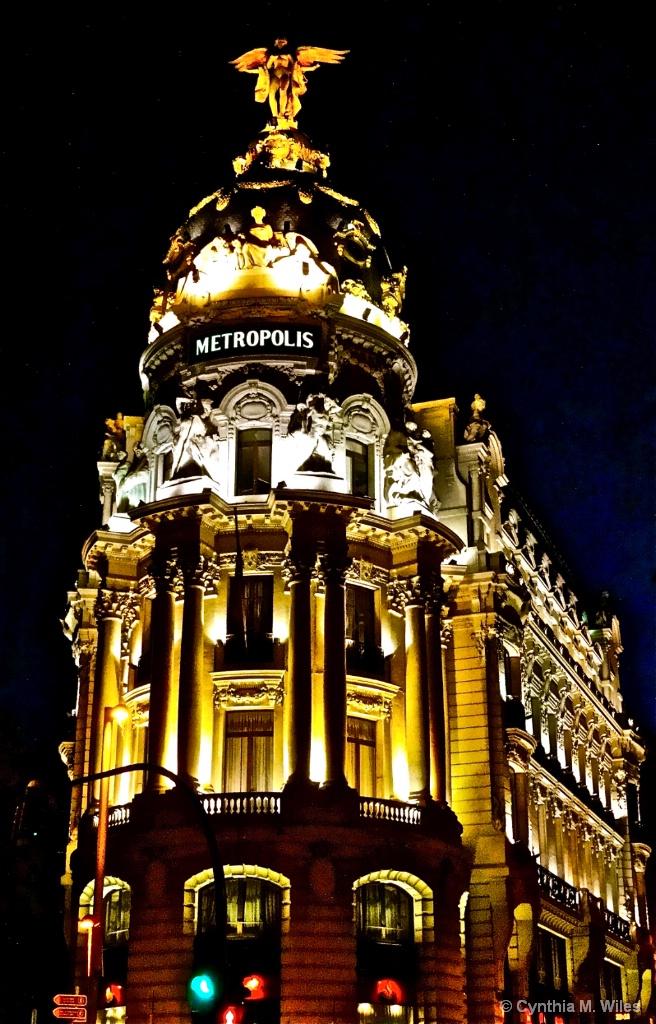 Metropolis  Madrid - ID: 15599416 © Cynthia M. Wiles