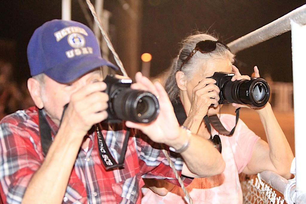 Photographers at work - ID: 15599437 © Emile Abbott