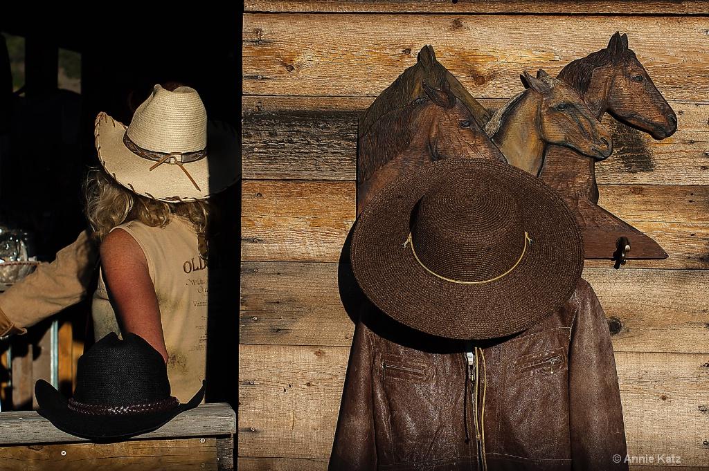 Rodeo Concession - ID: 15624920 © Annie Katz