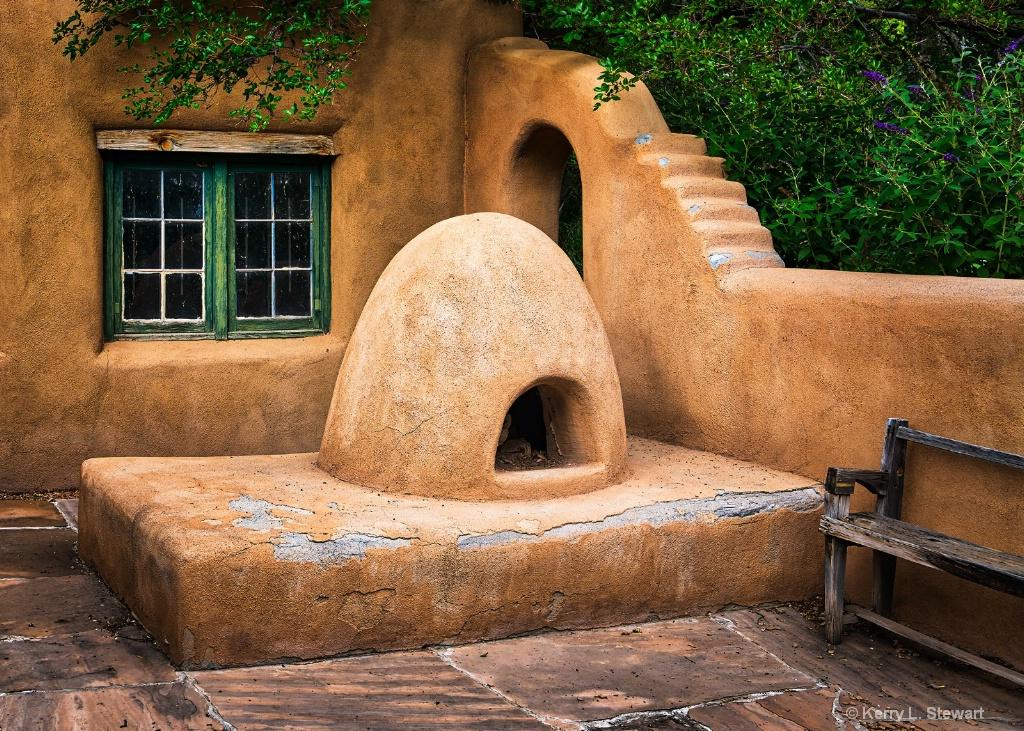 Los Luceros Kiva Oven No. 1 - ID: 15629280 © Kerry L. Stewart