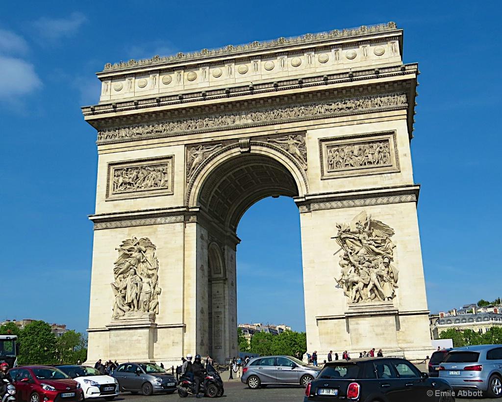 Arc de Triomphe - ID: 15652234 © Emile Abbott