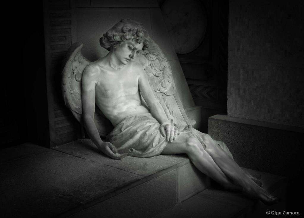 Wistful Angel - ID: 15679281 © Olga Zamora